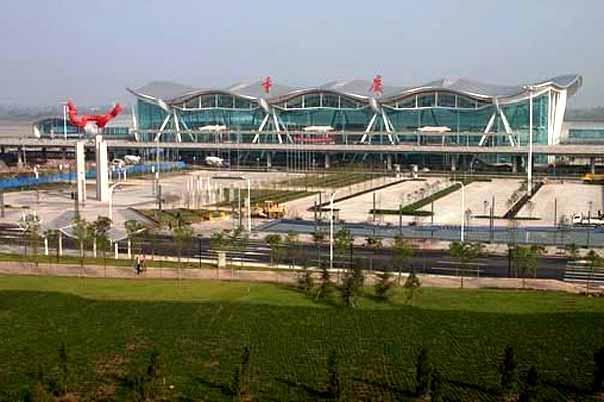 重庆江北机场航建楼监控